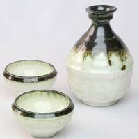 Japanese Sake Bottle and Cup Set, Hand-Made by Sho Kumamoto, Karatsuyaki, Tokkuri