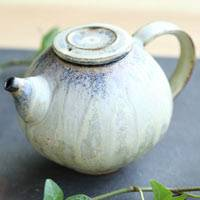Partially Gold Glazed Tanbayaki Pottery Teapot 300ml Hand-made by Nobuhito Nakaoka