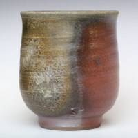Japanese Bizenyaki pottery yunomi 190ml, non-glazed wood-fired teacup, hand-made by Fumiharu Kino
