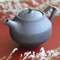 Chinese Tea Kyusu, Sabikuro Black Teapot 150ml, Pure Hand-made by Shinobu Hashimoto