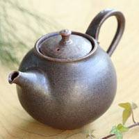 You Can Directly Simmer Tea, Fire Resistant Pottery Teapot 260ml, Shinobu Hashimoto