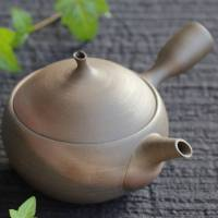 "Seiji Itoh, ""apple"" teapot, 410ml green tea kyusu, hand-made in Tokoname Japan"