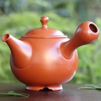 Setsudo, red clay shudei teapot with legs and inro-lid 340ml, hand-made tea strainer, Tokonameyaki