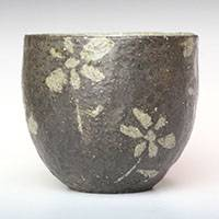 Flower-pattern Black Tea Cup L-size 180ml, Nihoncha Yunomi, Pure Hand-made by Emi Masuda
