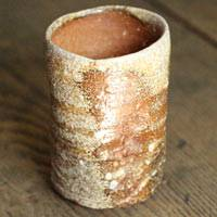 Satoki Ohnishi, Japanese yunomi teacup 220ml. Shigarakiyaki wood-fired pottery teacup