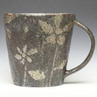 Flower Pattern Black Mug Cup, Made by Emi Masuda, Coffee Cup, Pottery Tea Cup