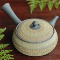 Teruyuki Isobe, extra-flat green-light brown inka stamp pattern teapot 310ml, Tokonameyaki kyusu